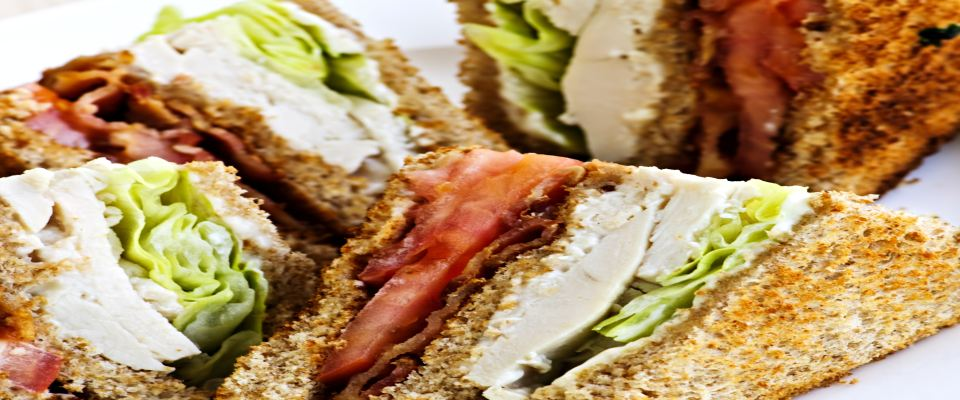 Turkey Sandwiches with Bacon