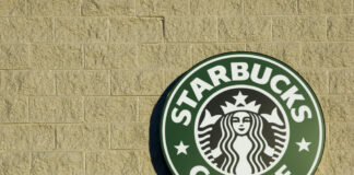 A Close Encouter Of The Starbucks Kind