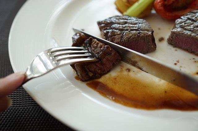 perfect steak, steak recipe, steak condiments, daily peel