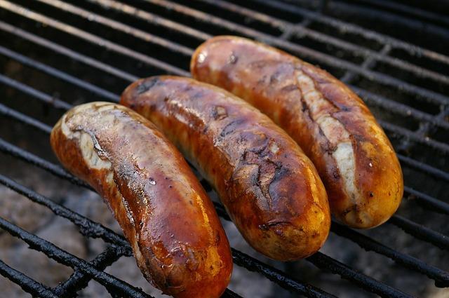 grilling, backyard, BBQ, BBQ foods, grilling equipment, Daily Peel