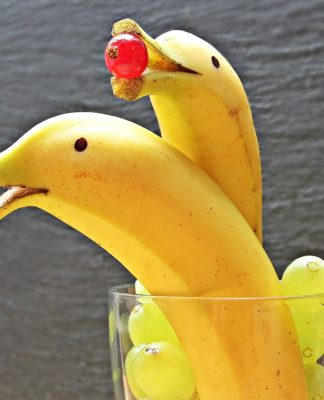 Banana Carving, Thai Fruit Carving, Cool Pictures, Food Art